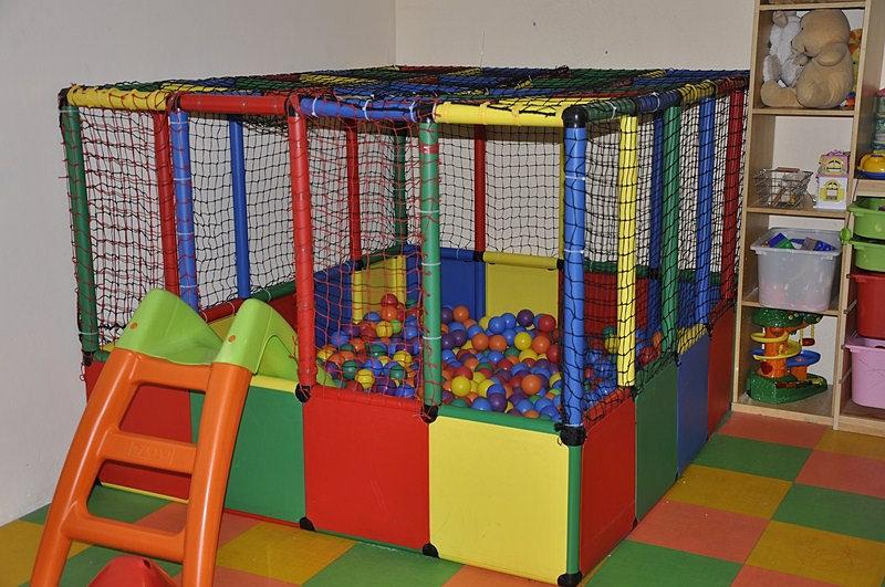 Punt de trobada tu espacio ludico y privado piscina bolas for Piscina de bolas para bebes