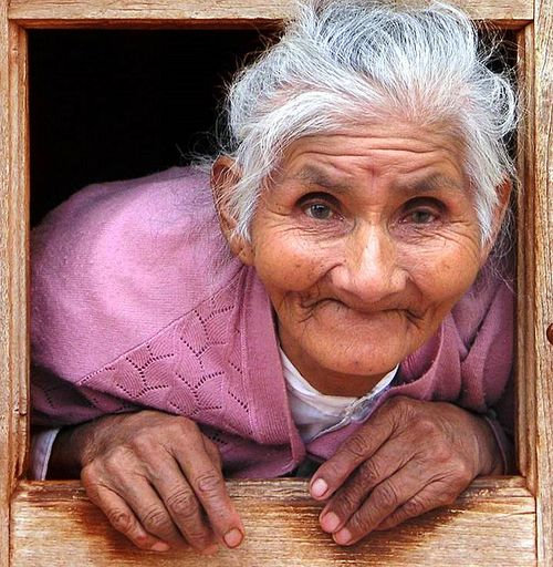 Старые тетки сосут у пацанов