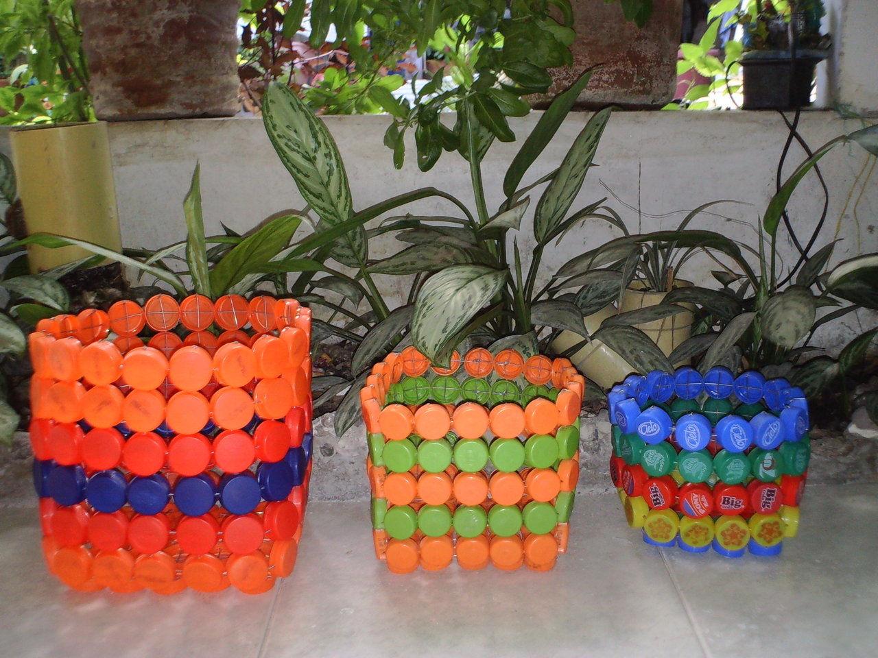 Canastas created by reciclarte36 based on my lil for Tapas de plastico