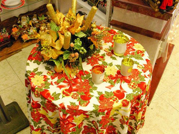 Almacenes romulo montes toda una familia en adornos navidad - Manteles navidenos ...