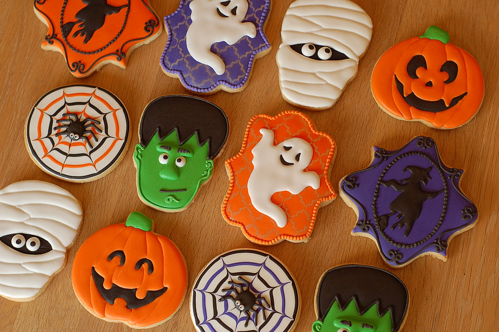 halloween decorated sugar cookies - Decorated Halloween Sugar Cookies
