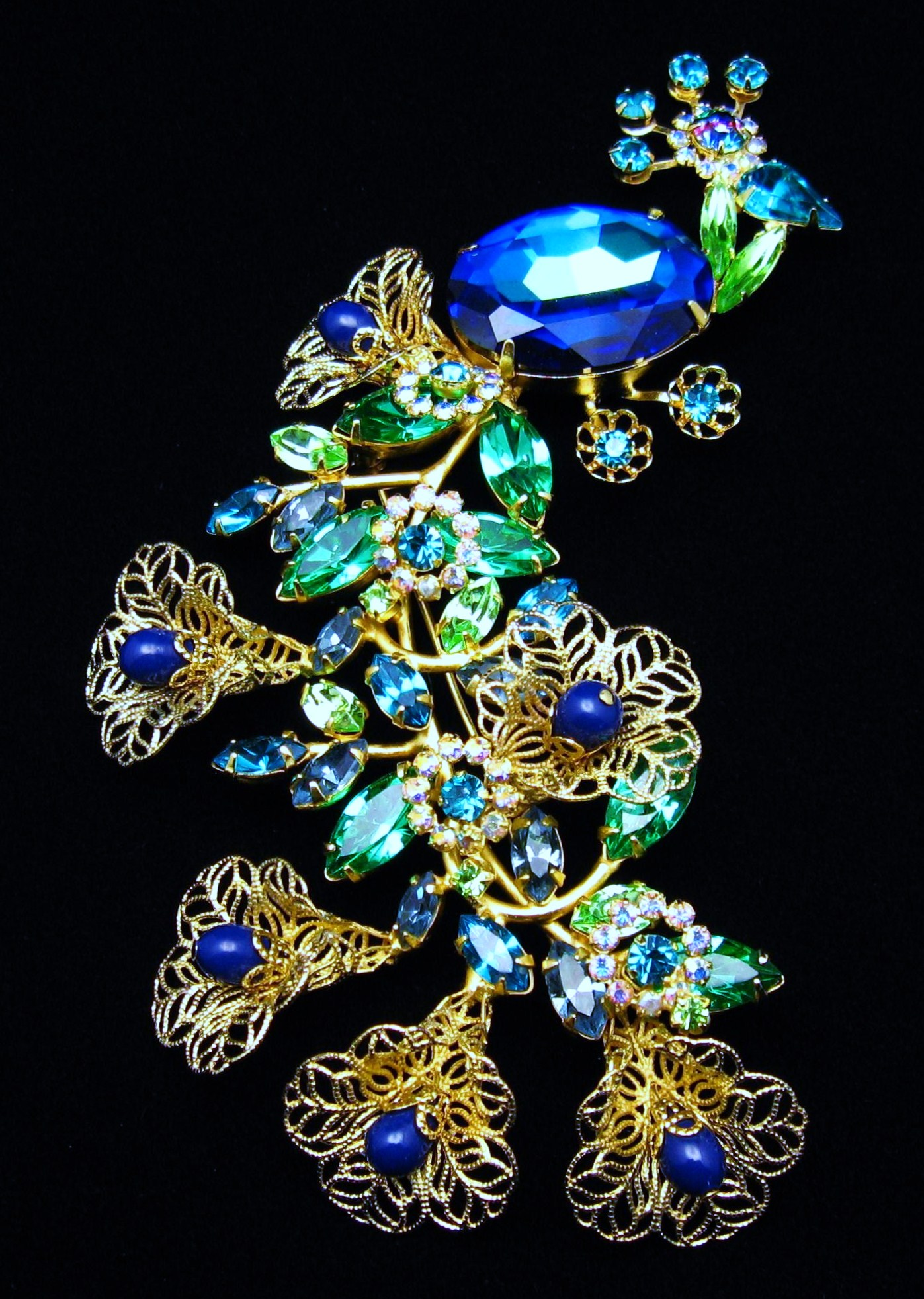katerina musetti haute couture jewelry peacock brooch