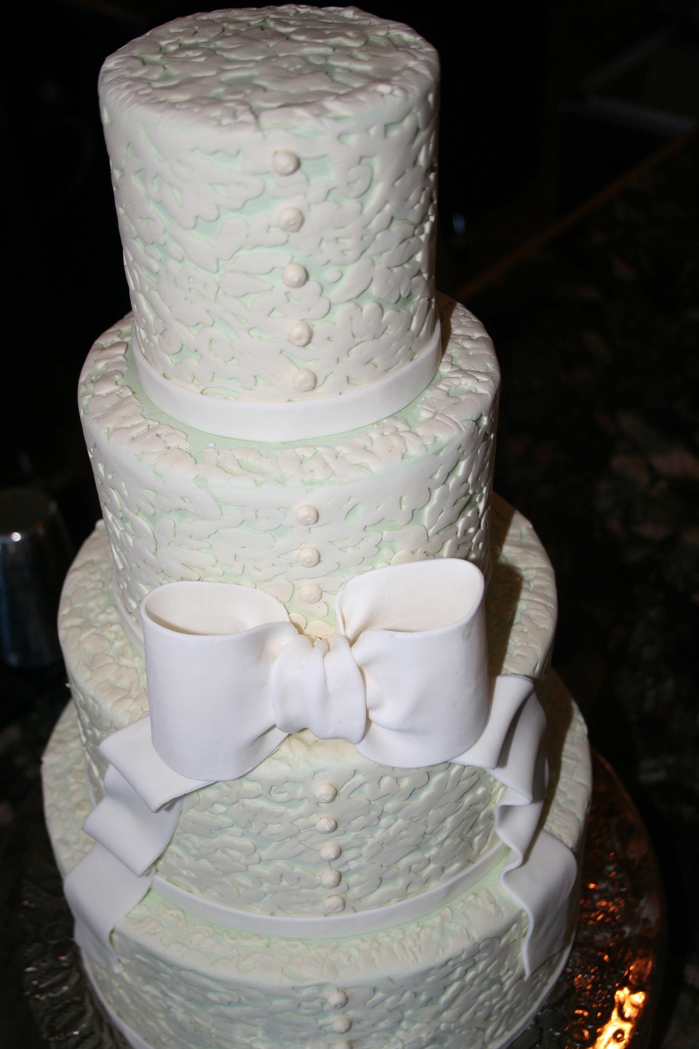 Hallmark Cakes NC mountain wedding cakes Boone NC wedding