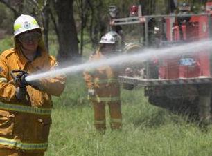 bombeiro-o-trabalho_19-118661.jpg