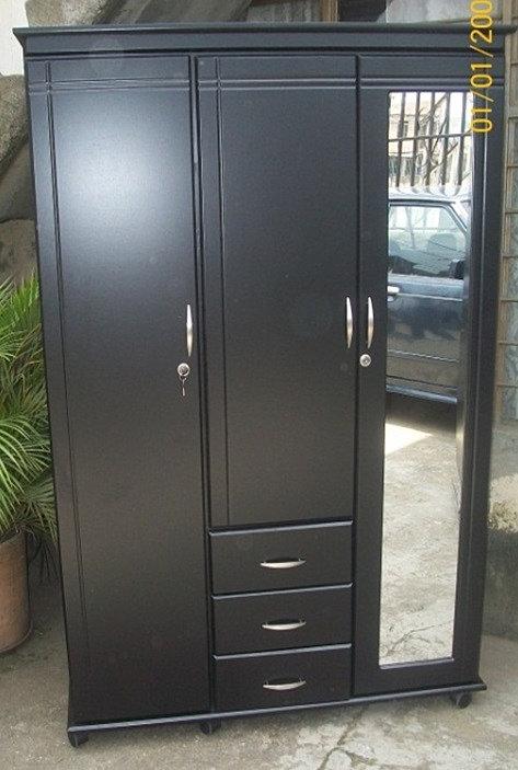 Mueblehogar cali closet tres puertas con for Puertas con espejo