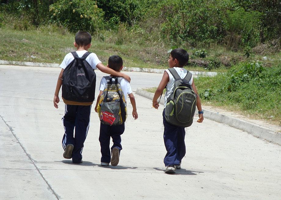 Niños en La Gran Villa