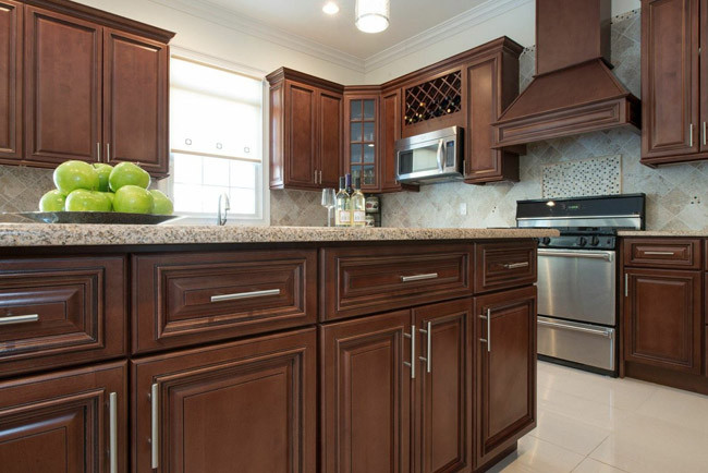 Cleveland Cabinets - Discount Kitchen Cabinets - Cleveland Ohio