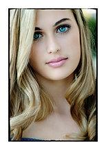 Lauren Hollaway portrait