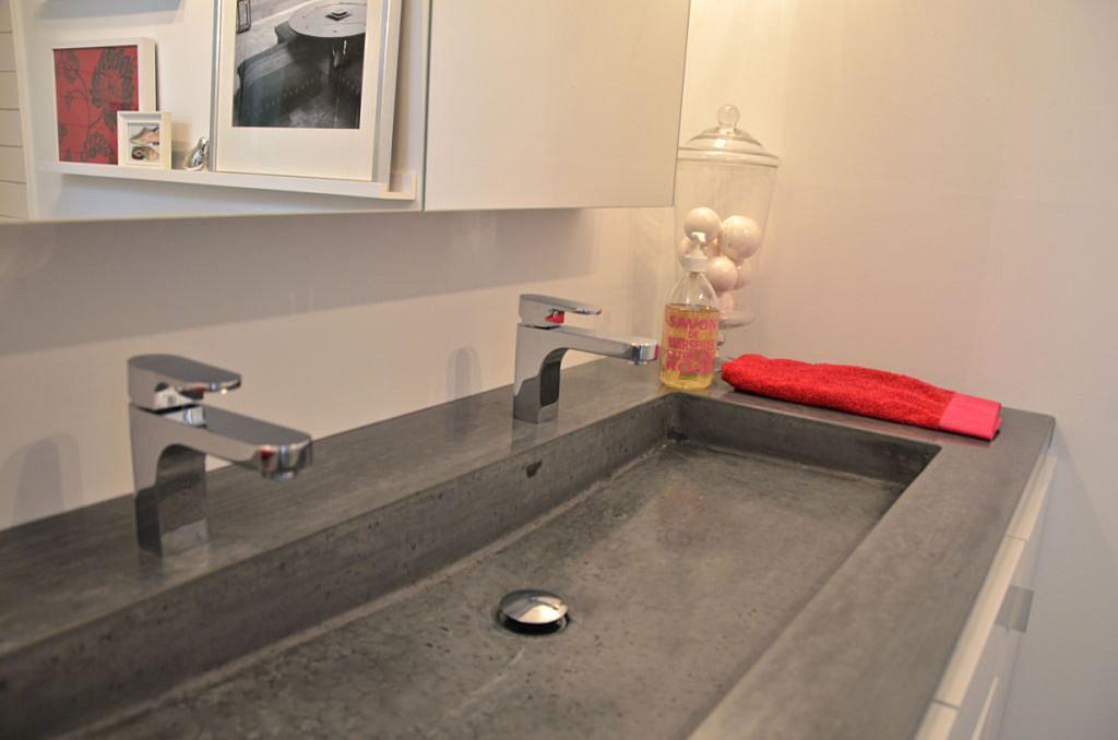 Fabricant vanite salle de bain vanit blanche atelier for Fabricant salle de bain