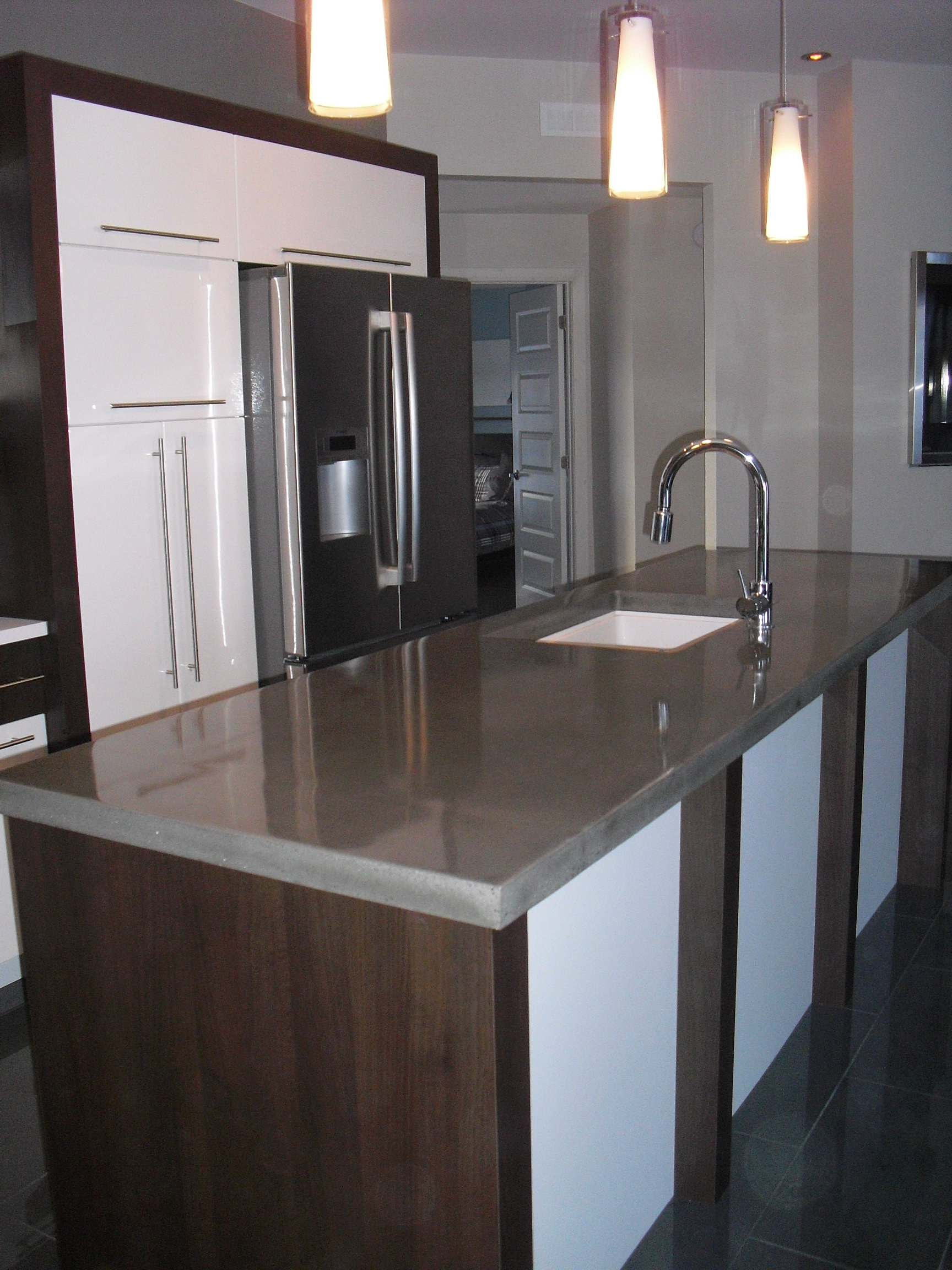 b ton multi surfaces comptoir de cuisine. Black Bedroom Furniture Sets. Home Design Ideas