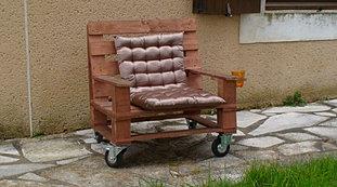 Salon de jardin meuble palette d tails - Mobilier de jardin en bois de palette ...
