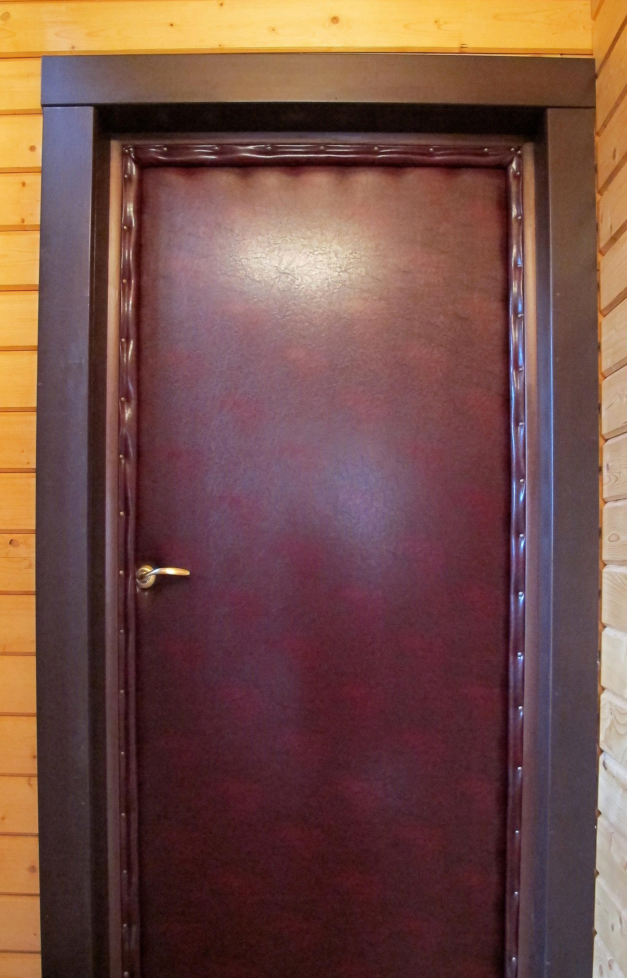 Как обшить дверь дермантином своими руками фото