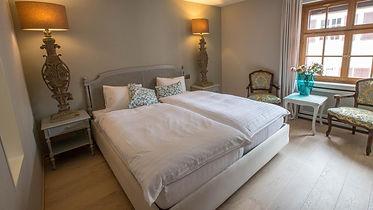 Hotel_Krone_Gottlieberzimmer_1.jpg