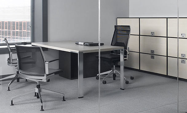 Createur ambiance mobilier design bureaux op rationnel for Mobilier bureau 974