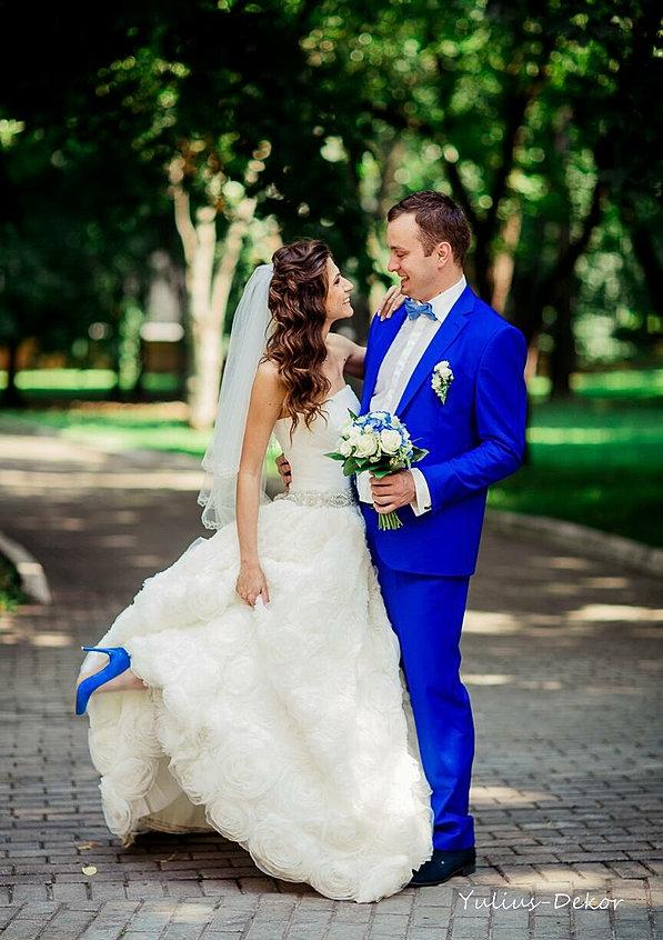 Какие есть костюмы на свадьбу фото