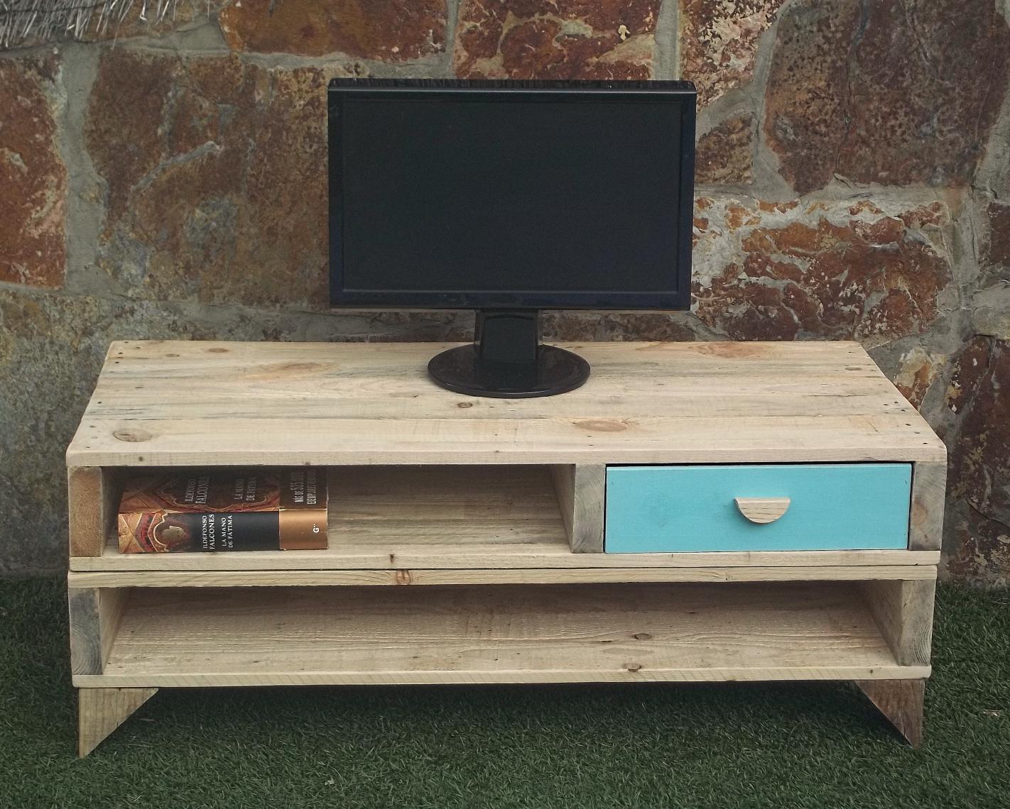 mueble tv hecho con palets miu nekodecor arte con pals pale ud mueble para televisor de palets