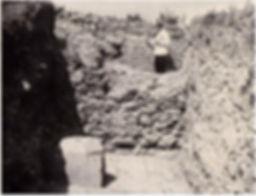 Павел Голландский в Старом Крыму. Начало раскопок мечети Узбека и медресе. Фото 1925 г.