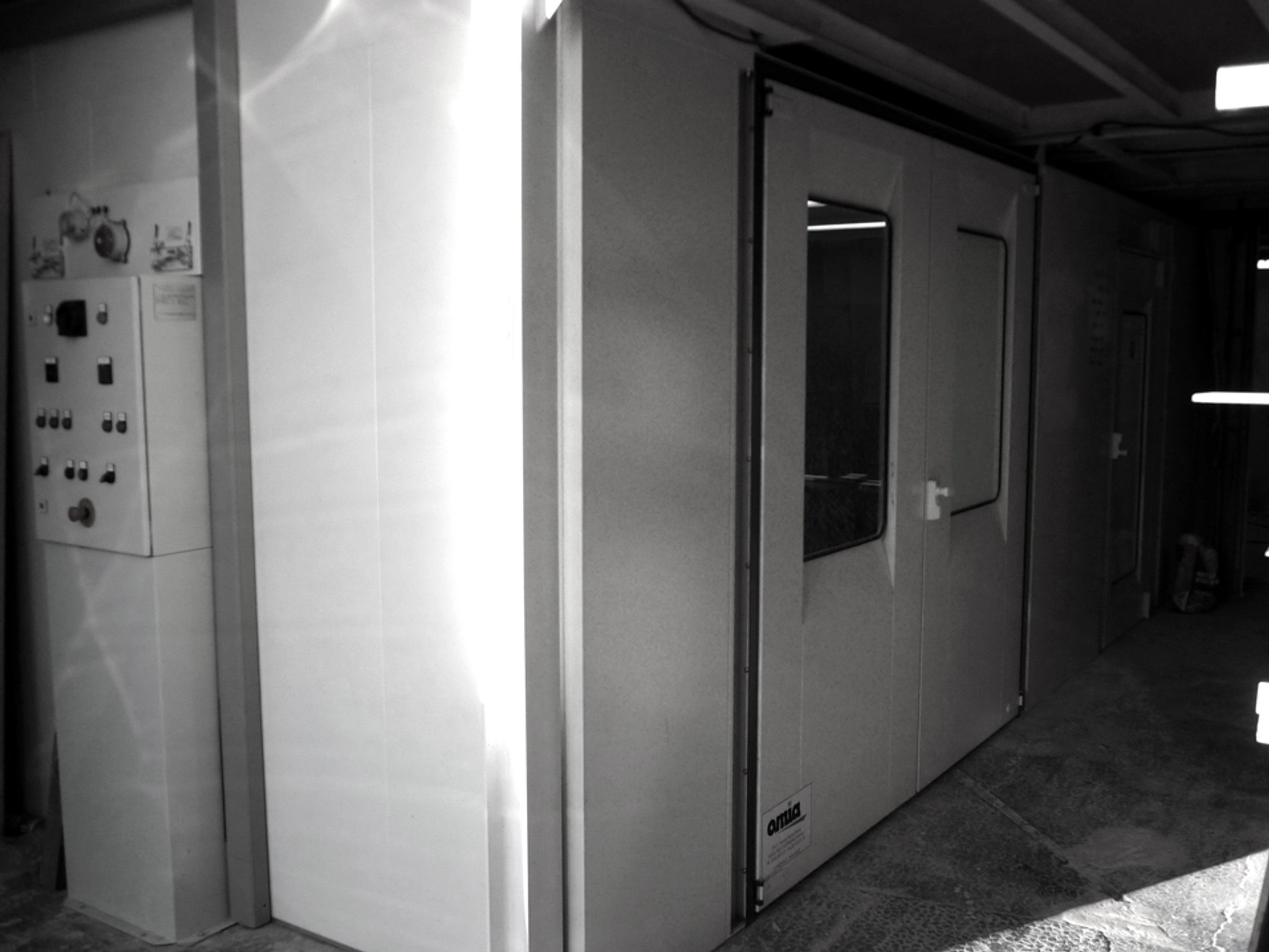 Ecb sarl cazau menuiserie ebenisterie atelier for Bureau 64 sarl