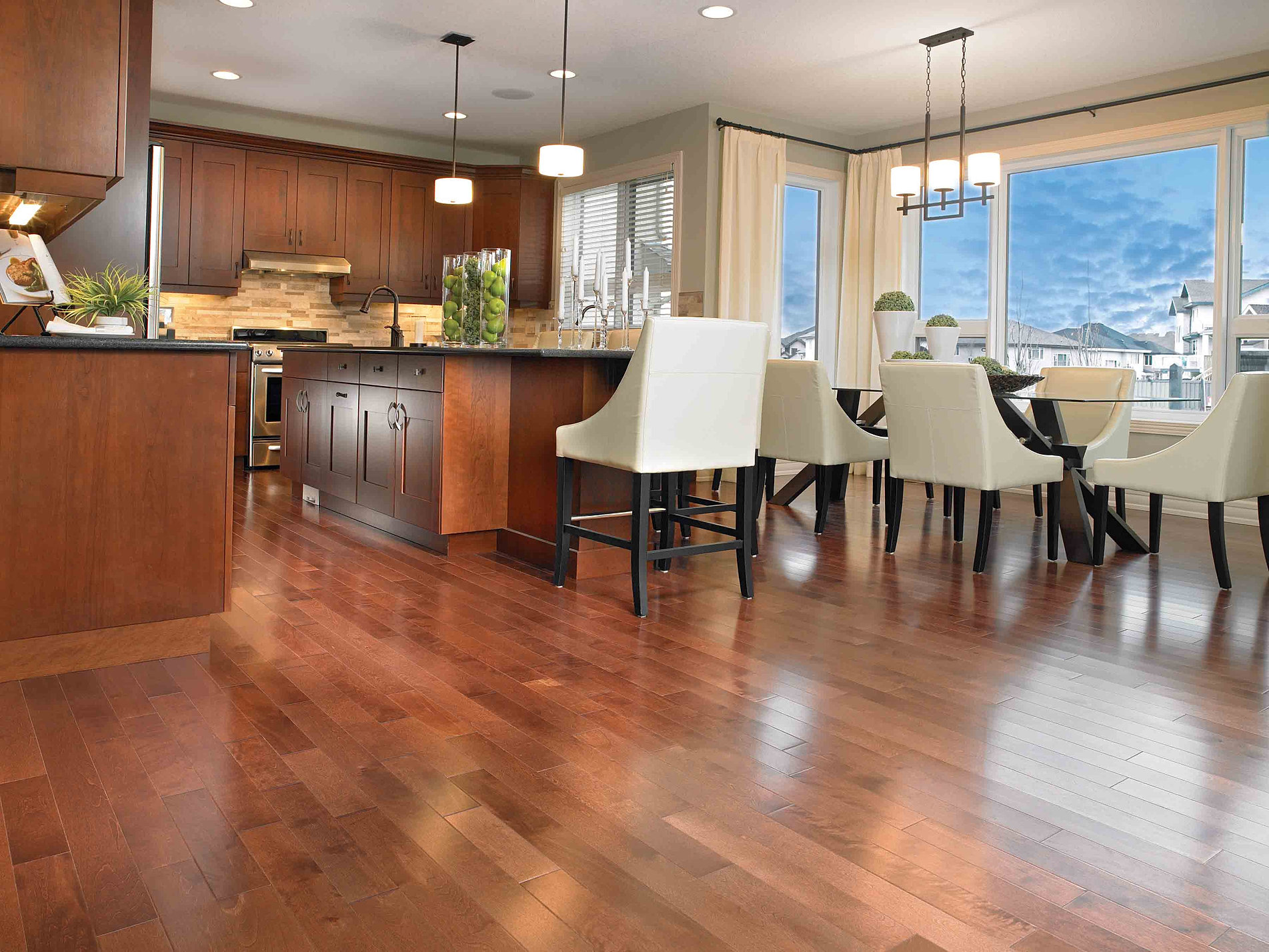 Hardwood Floor In The Kitchen Calvetta Brothers Floor Show 216 220 6473