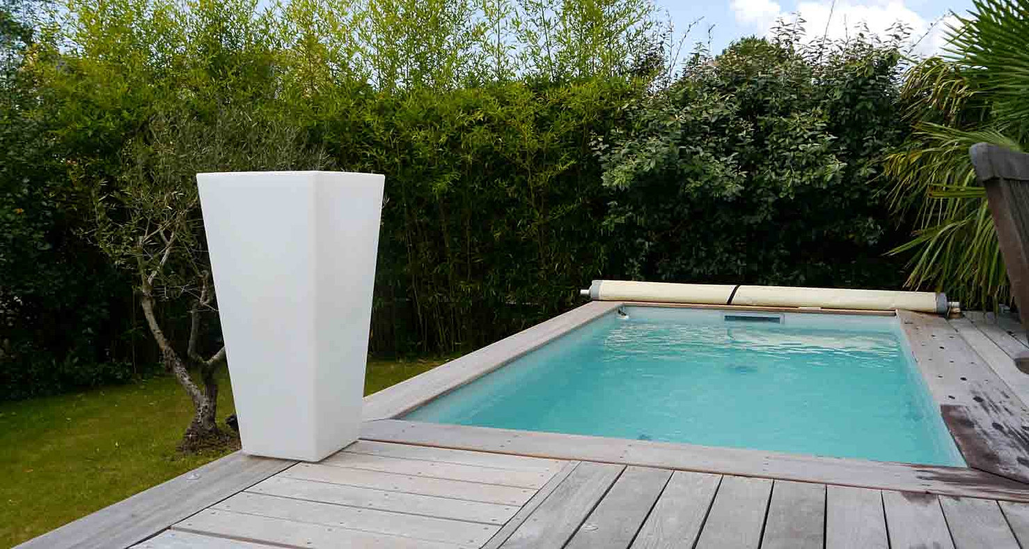 Piscine bassin sur terrasse assistance cr ation piscines for Rechauffeur petite piscine