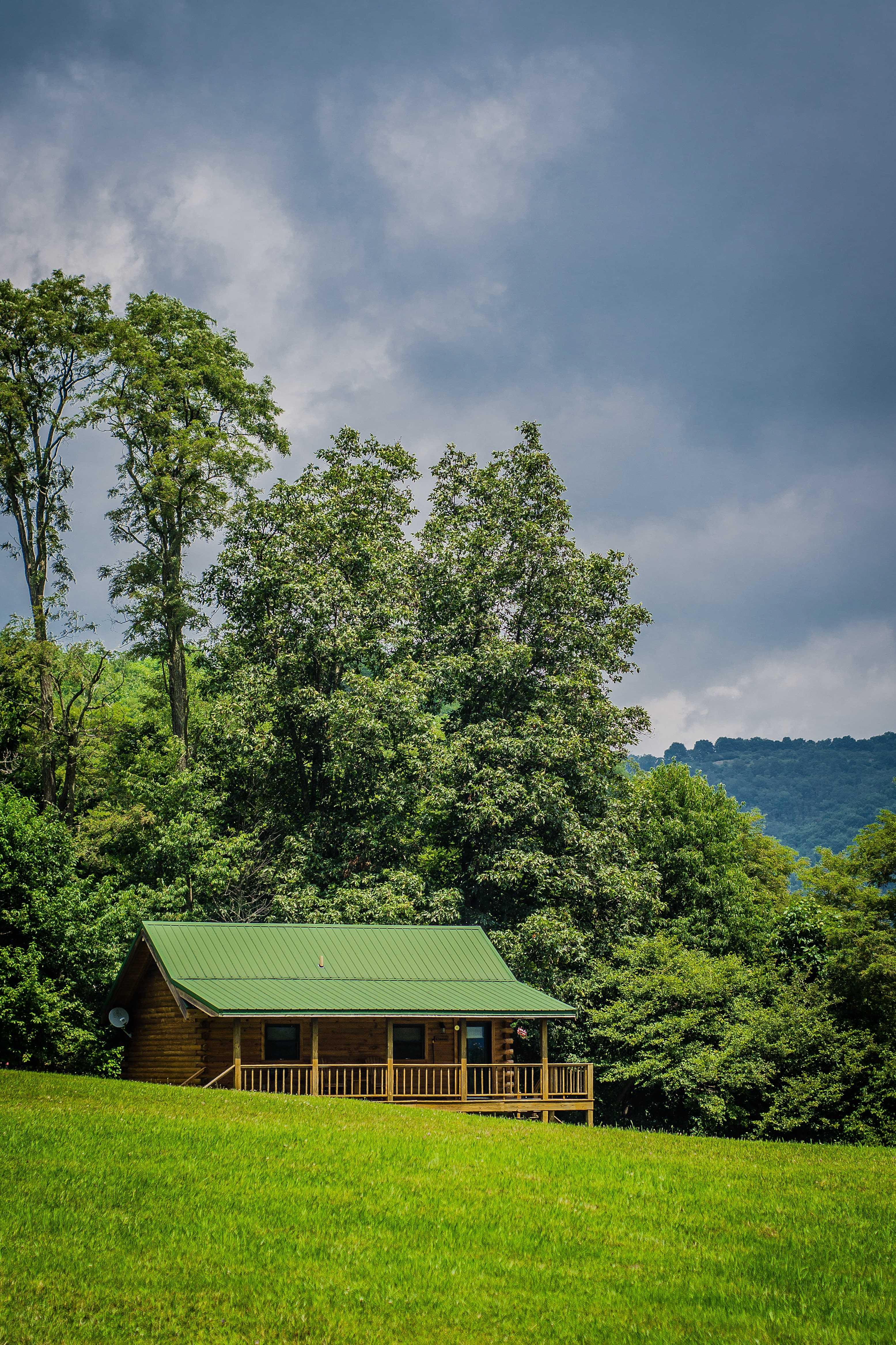 Honeymoon cabin rentals honeymoon cabin rentals wv for Michigan romantic cabins