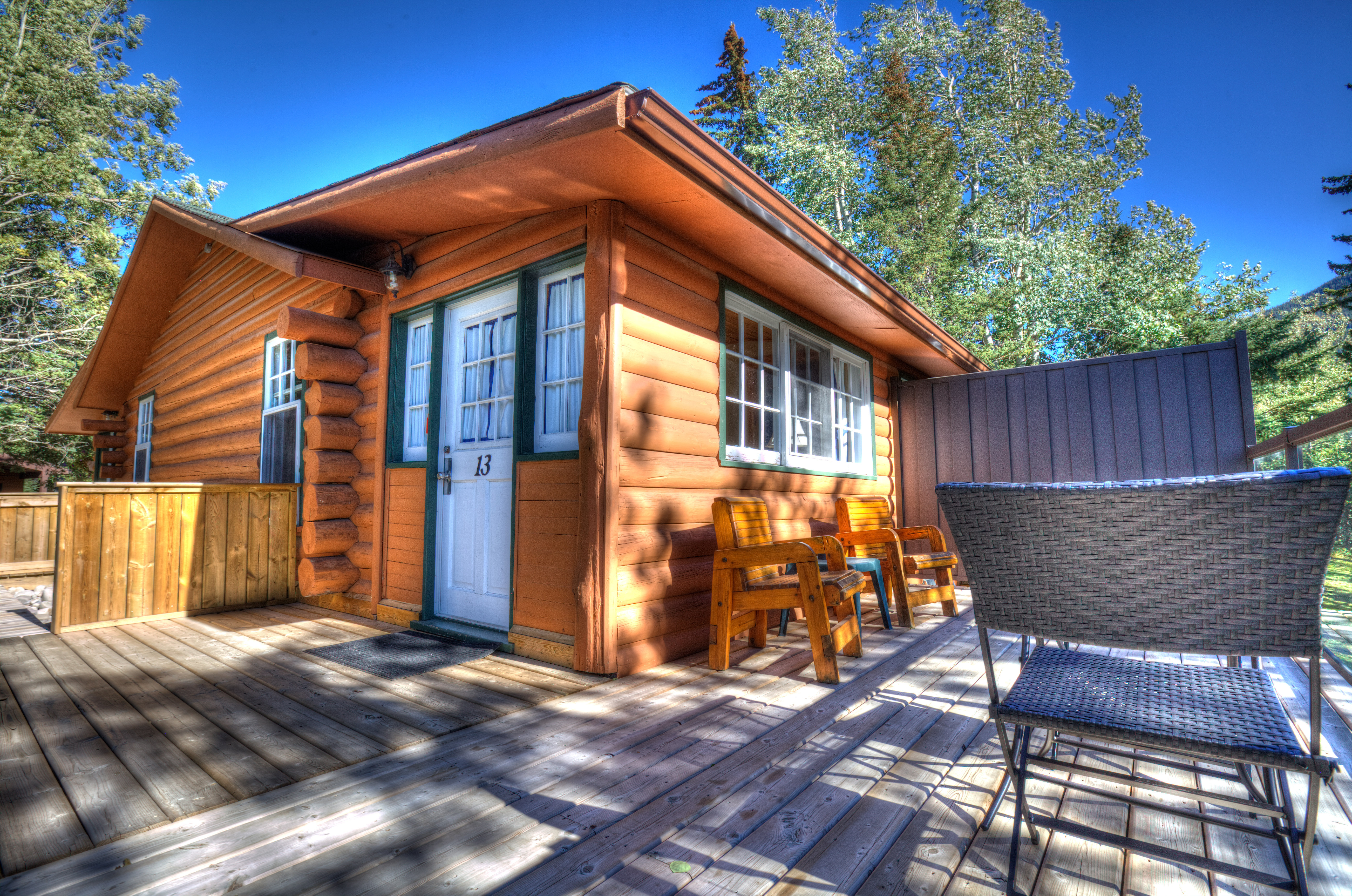 Home Overlander Mountain Lodge Jasper Pet Friendly Cabins
