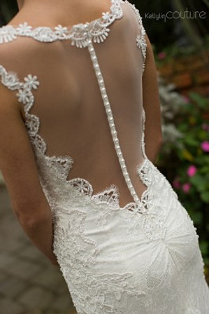 designer sample wedding dresses