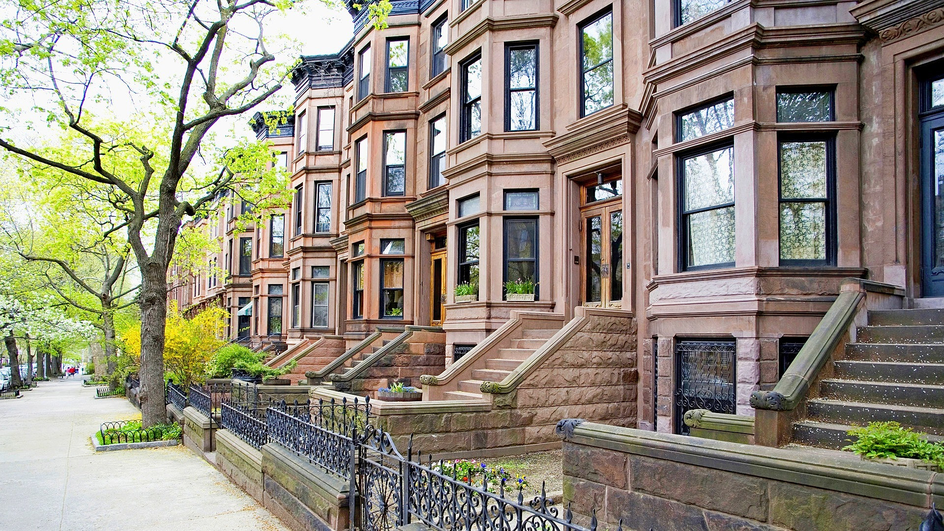 Brownstones brooklyn new for Buying a home in brooklyn