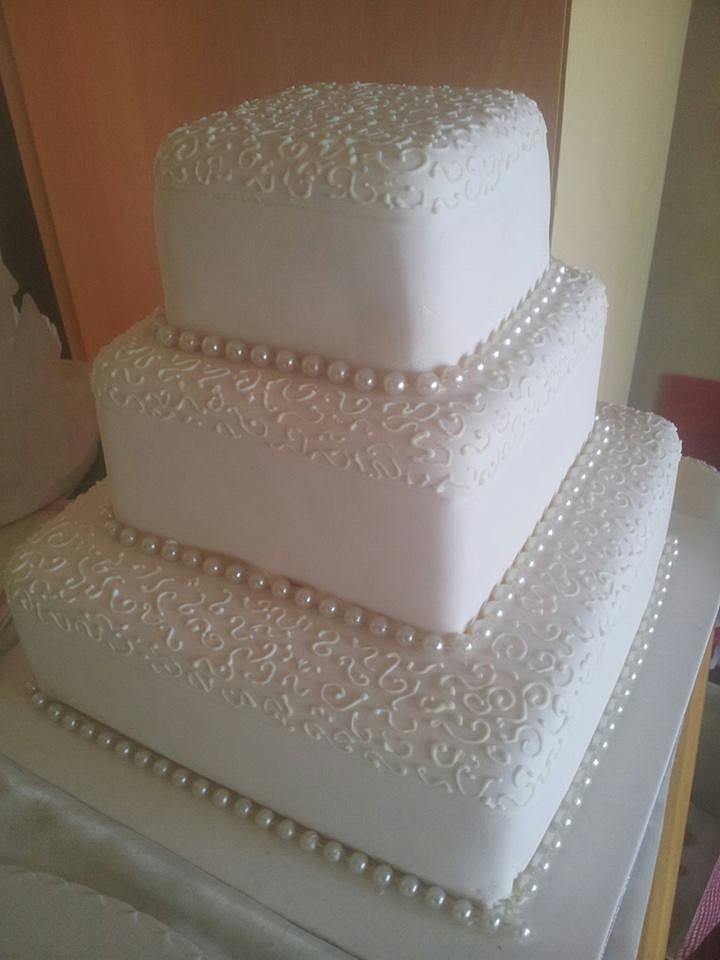 Affordable Wedding Cakes in Sydney by Karen Hill Pearl ...