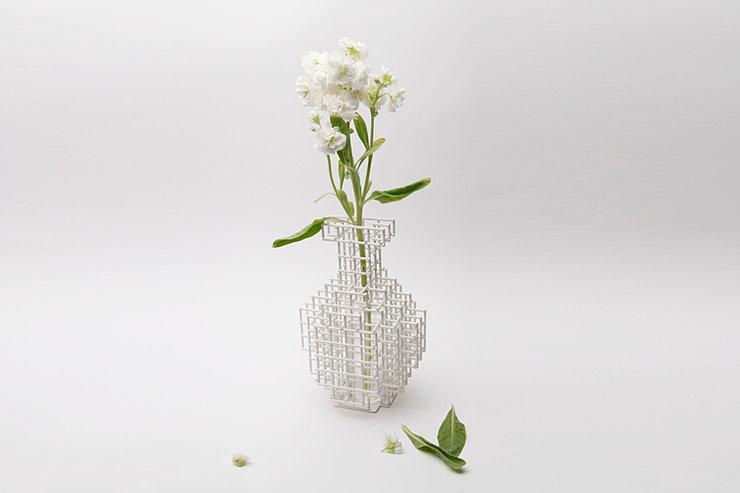 A_flower vase