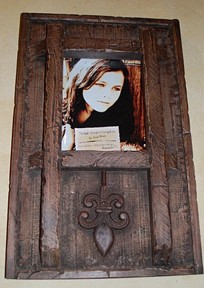 rustic art frame with metal accents it holds an 8 x 10photo measures 16 x 24 145