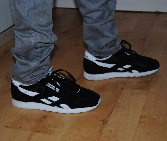 reebok nylon classic on feet