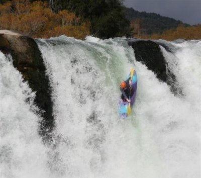 Kayak-Ross-1.jpg
