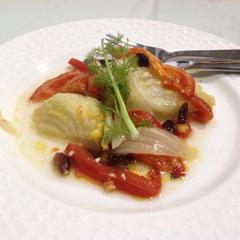 Hinojo al horno con tomate
