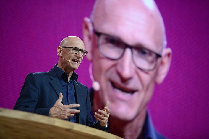Tim Höttges, Deutsche Telekom