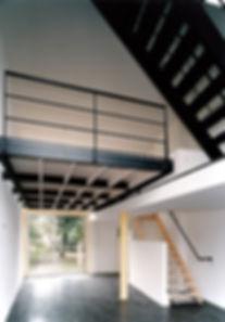 Bas Gremmen Architectuur: Vide met trap Woonhuis Delft