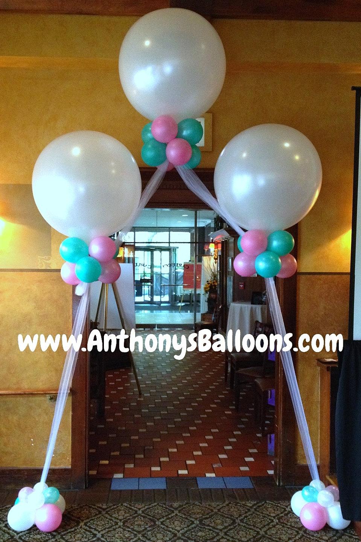 Balloon arches columns chicago balloon decor for Balloon decoration chicago