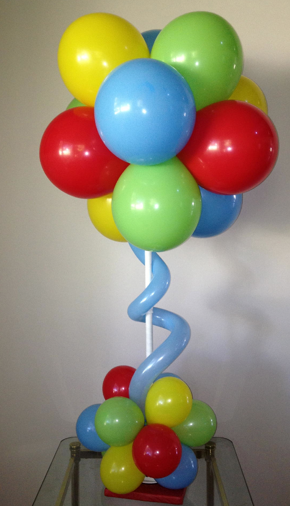 Arrangements and helium balloon services chicago balloon for Balloon decoration chicago