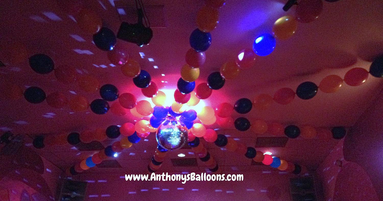 Chicago balloon decor ceiling balloon decor for Balloon decoration chicago
