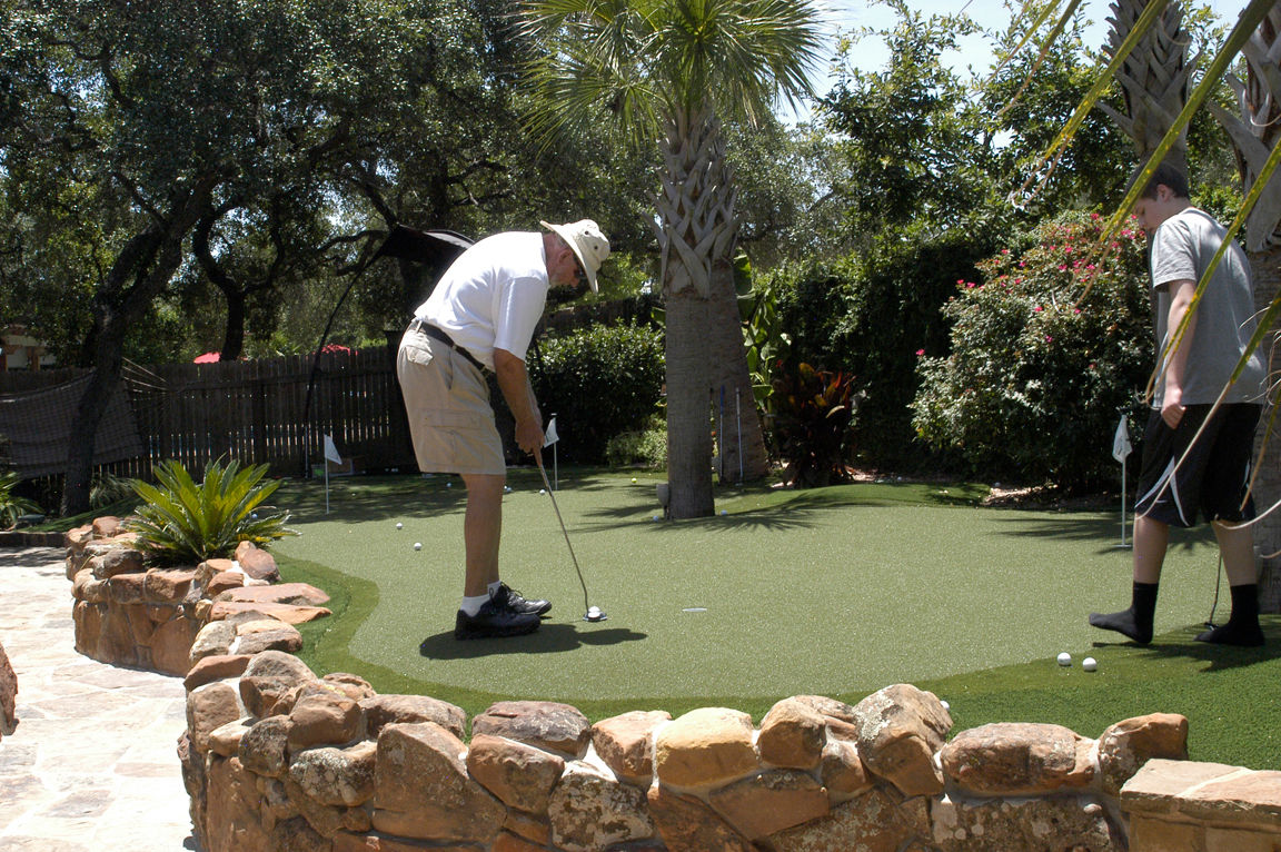 dave pelz synscapes austin san antonio artificial turf golf