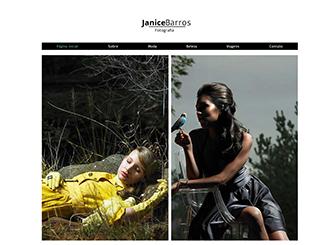 Fotógrafo de Moda Template - Um template minimalista com visual moderno e elegante. Perfeito para fotógrafos e outros profissionais criativos, o espaço amplo para imagens lhe permite categorizar seu trabalho por temas. Comece a editar para compartilhar seus talentos com todo mundo!