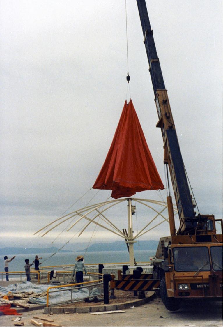giant umbrellas hong kong cee badcbfabaapng srz       : metre giant umbrella