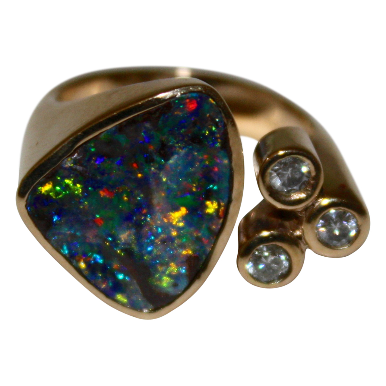 Guldring med Opal og Brillianter