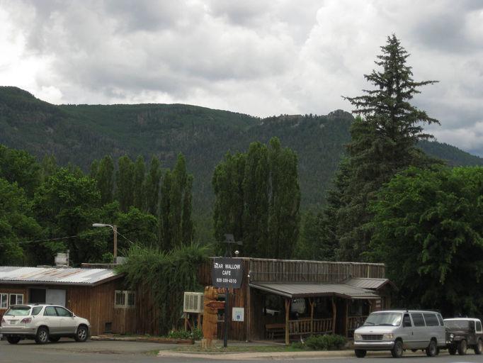 Alpine az cabins alpine cabin rentals vacation rentals for Cabin rentals near ski apache