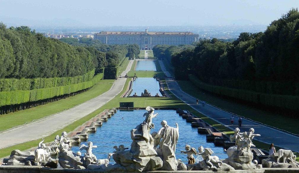 Visitare-la-Reggia-di-Caserta-da-Napoli-