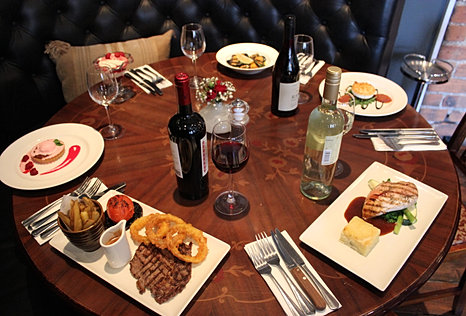 Ingram wynd scottish restaurant book a table for Table 85 hours