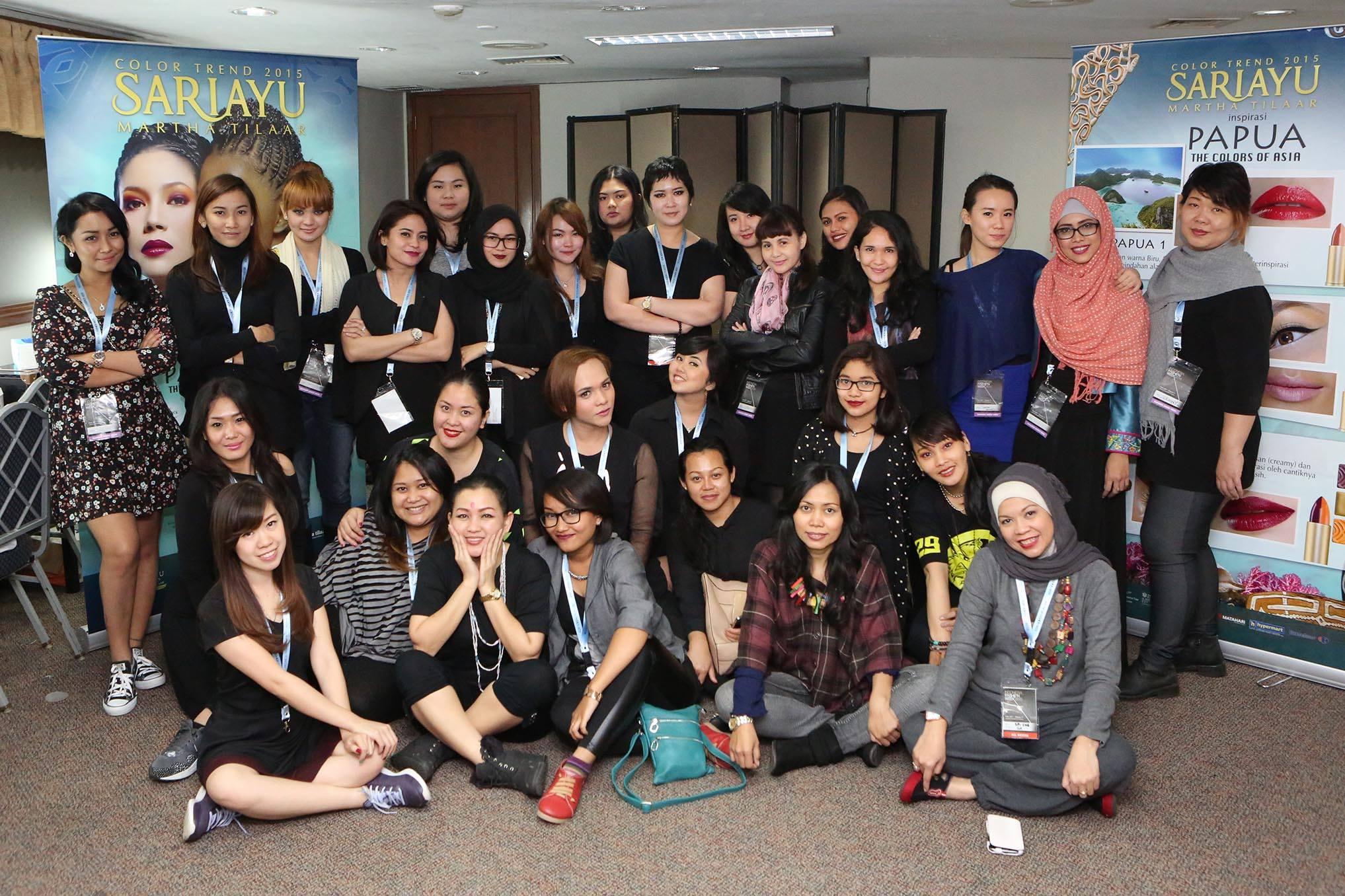 Local Movement Jadi Tema Utama Indonesia Fashion Week 2015 Puspita Martha
