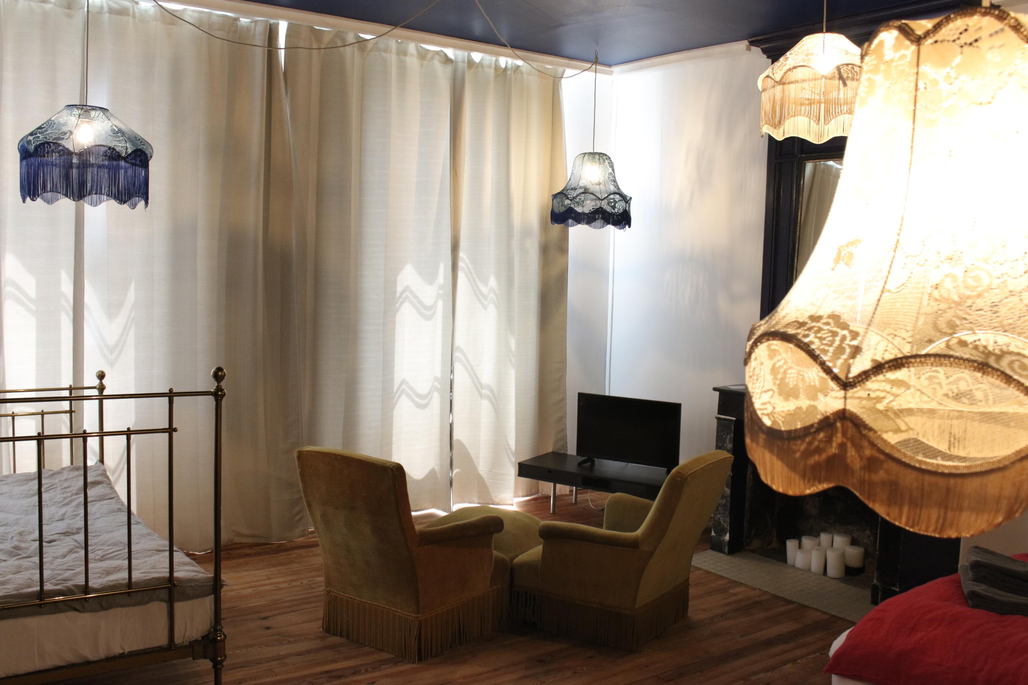 chambres d 39 h tes en gironde la maison de petit thomas. Black Bedroom Furniture Sets. Home Design Ideas
