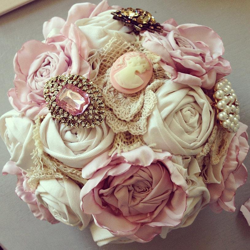 English Rose Brooch Bouquet