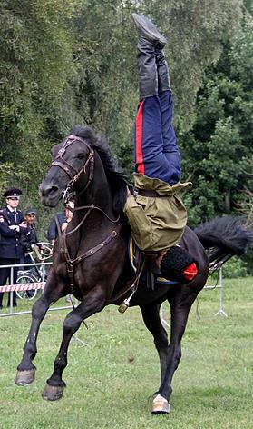 Джигитовка в конно-спортивном клубе «Атаман»